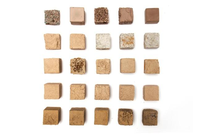 Vật liệu mới được làm từ cát sa mạc, cứng như bê tông nhưng phát thải carbon thấp hơn rất nhiều - Ảnh 3.