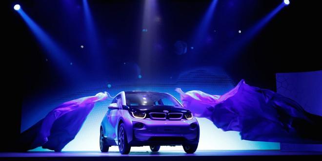 Với mức phí thuê xe rẻ như cho, BMW và thị trường xe điện chồng thêm khó khăn cho Tesla - Ảnh 1.