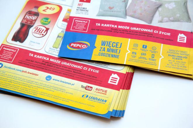 Một tờ giấy có thể giúp bạn tránh ngạt khí CO như thế nào? Ba Lan đã in quảng cáo để chia sẻ điều này với 40 triệu dân - Ảnh 1.