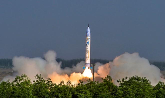 Elon Musk của Trung Quốc phóng thành công quả tên lửa đầu tiên - Ảnh 1.
