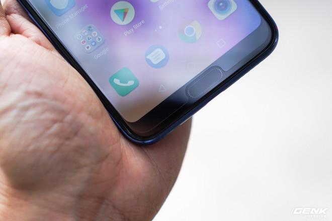 Cận cảnh Honor 10: nhiều chi tiết giống P20 của Huawei nhưng giá chỉ bằng một nửa - Ảnh 2.