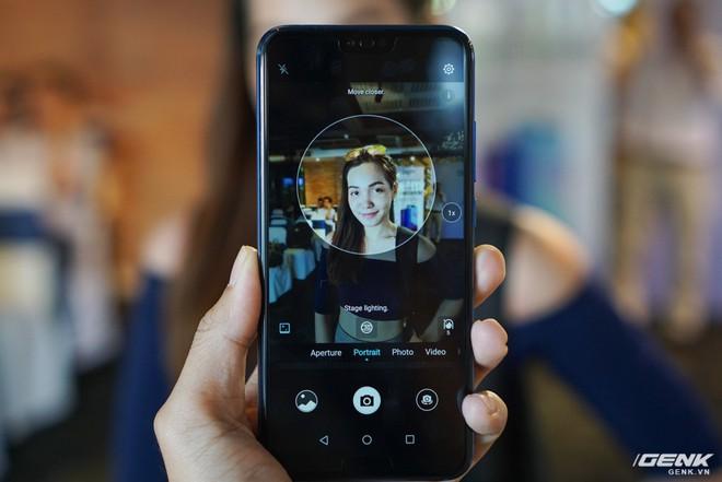Cận cảnh Honor 10: nhiều chi tiết giống P20 của Huawei nhưng giá chỉ bằng một nửa - Ảnh 12.