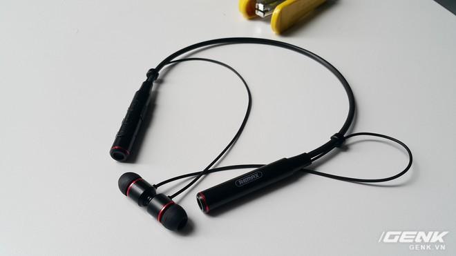 Đánh giá tai nghe không dây giá rẻ Remax RB-S6: âm thanh hay, kết nối cùng lúc 2 thiết bị, giá chưa tới 400 nghìn đồng - Ảnh 6.
