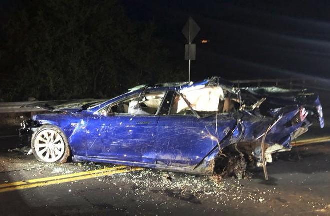 Thêm một vụ tai nạn xe Tesla khiến tài xế thiệt mạng, cảnh sát vẫn đang điều tra tìm nguyên nhân - Ảnh 1.