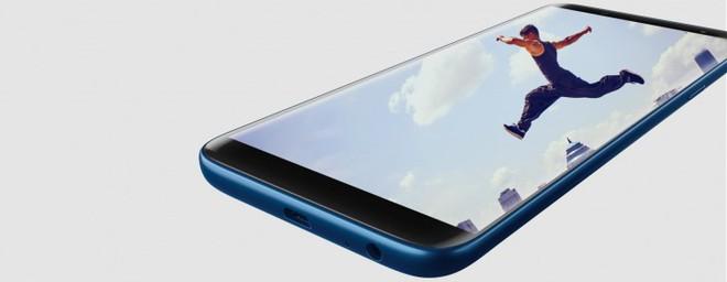 Samsung trình làng Galaxy J8 camera kép cùng Galaxy J6, J4 với pin tốt, giá ổn - Ảnh 1.