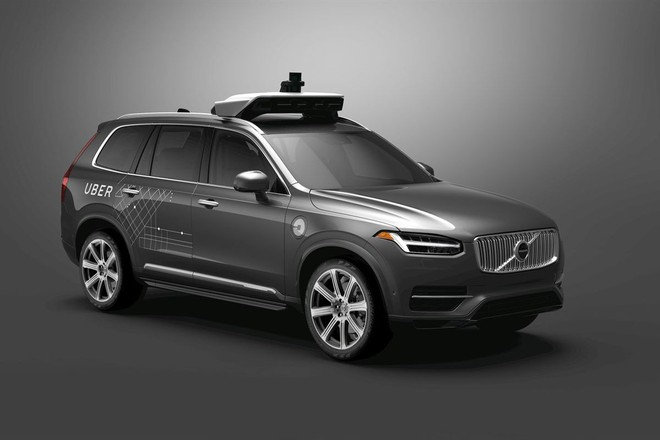 Uber ngừng thử nghiệm xe tự lái ở Arizona, sa thải 300 lái xe - Ảnh 1.