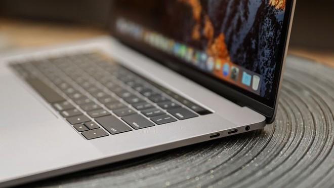 Thêm một vụ kiện tập thể nữa nhắm vào Apple vì lỗi bàn phím của MacBook Pro - Ảnh 1.