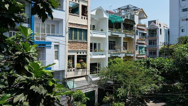 Nhờ cải tạo một cách thần kỳ, nhà ống 15 năm tuổi tối tăm cũ kỹ ở Sài Gòn được lên tạp chí kiến trúc Mỹ - Ảnh 11.