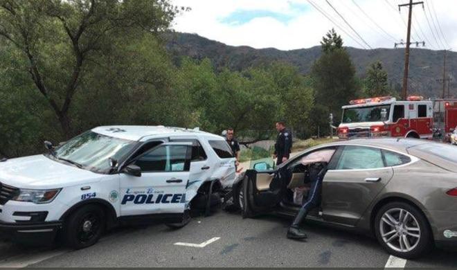 Chế độ tự lái của Tesla Model S lại gây tai nạn, lần này đâm thẳng vào... xe cảnh sát - Ảnh 3.