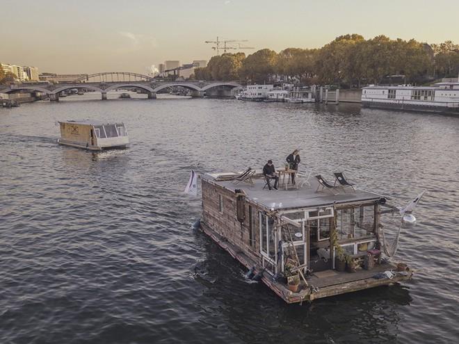 Du lịch khắp Châu Âu bằng thuyền, cuộc sống tuyệt vời đáng mơ ước của hai nhiếp ảnh gia người Đức - Ảnh 8.