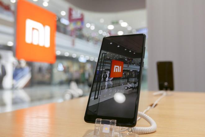 Xiaomi lần đầu tiên công bố báo cáo tài chính chi tiết, doanh thu tăng gần 70% nhưng lại thua lỗ 6,9 tỷ USD trong năm 2017 - Ảnh 1.