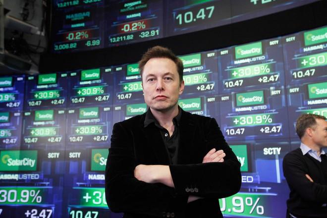 Hành trình kì diệu của Elon Musk: Từ một cậu bé chuyên bị bắt nạt cho đến Iron Man phiên bản đời thực - Ảnh 42.