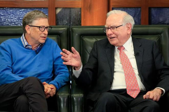 Vì sao Buffet rất chuộng cổ phiếu Apple nhưng lại nói không với Microsoft? - Ảnh 3.