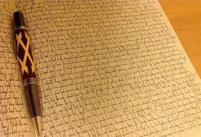 Những nét chữ viết tay hoàn hảo khiến font máy tính cũng phải chào thua - Ảnh 9.