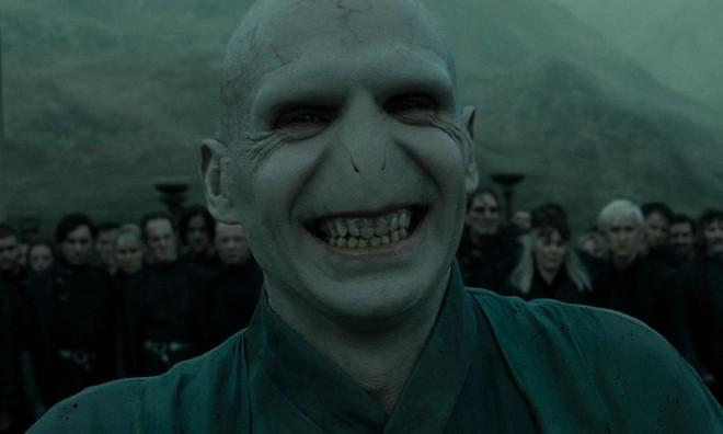 Những điểm tương đồng đến kì lạ giữa Thanos và Voldemort, hai kẻ ác của hai Vũ trụ giả tưởng khác nhau - Ảnh 2.