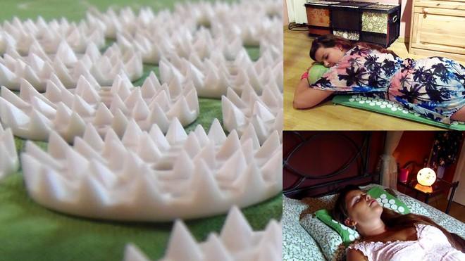 Bí quyết trị đau mỏi vai gáy do ngồi nhiều bằng thảm bấm huyệt bán chạy nhất trên Amazon - Ảnh 6.