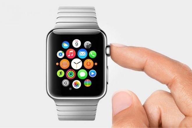 Nữ sinh viên bị thổi phạt lỗi giao thông vì xem giờ bằng Apple Watch khi đang điều khiển phương tiện.