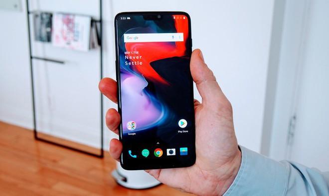Cái cằm trên Mi 8 và OnePlus 6 cho thấy các hãng Android vẫn đang hùng dũng bước vào bẫy của Apple - Ảnh 6.
