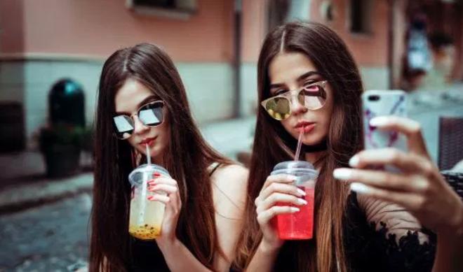 Top 3 các mạng xã hội phổ biến nhất của teen Mỹ không còn có cái tên Facebook - Ảnh 1.