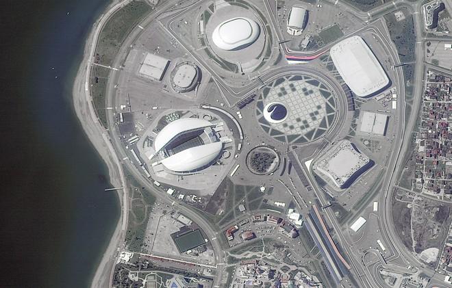 Chiêm ngưỡng toàn bộ các sân vận động phục vụ World Cup 2018 qua loạt ảnh chụp từ Trạm Vũ trụ Quốc tế - Ảnh 1.