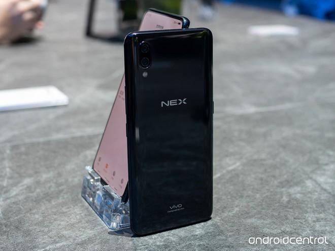 Cận cảnh Vivo NEX, smartphone toàn màn hình thực thụ duy nhất ở thời điểm hiện tại - Ảnh 3.