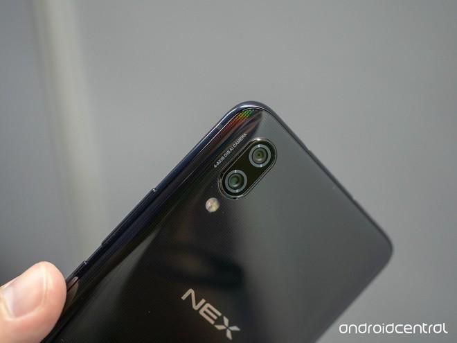 Cận cảnh Vivo NEX, smartphone toàn màn hình thực thụ duy nhất ở thời điểm hiện tại - Ảnh 11.