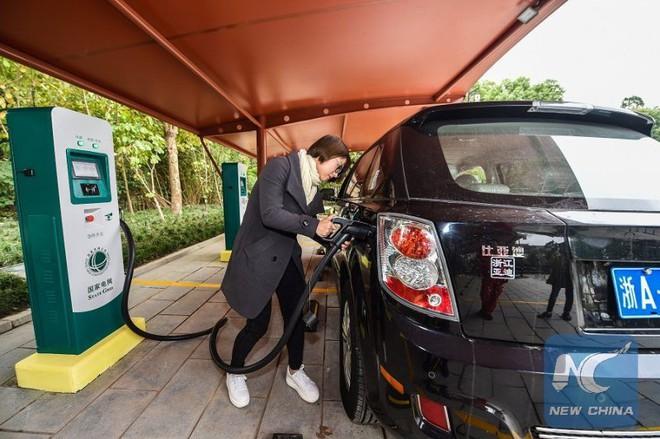 Trung Quốc đang sản xuất ra nhiều xe điện hơn tất cả các quốc gia cộng lại - Ảnh 4.