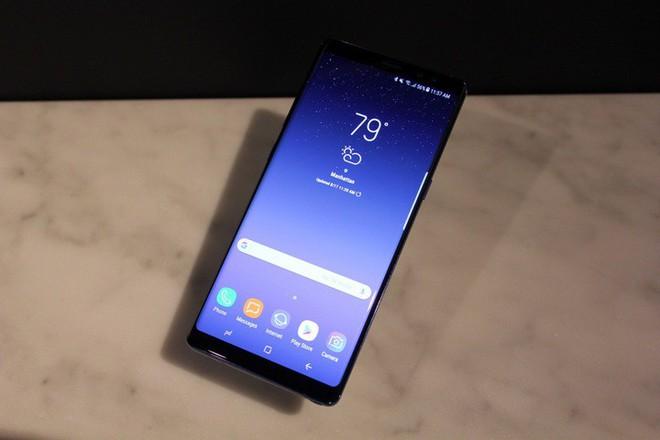 Ảnh thiết kế tiết lộ Galaxy Note 9 sẽ có nút chụp màn hình chuyên dụng, không còn phải nhấn và giữ nữa - Ảnh 1.