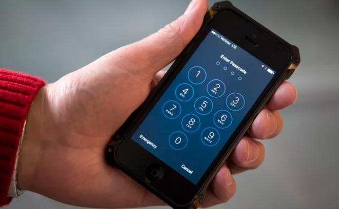 Tính năng bảo mật mới của iPhone được quảng cáo rầm rộ lắm, ai ngờ rằng chưa kịp ra mắt cho công chúng thì đã bị hacker tìm ra sơ hở - Ảnh 2.