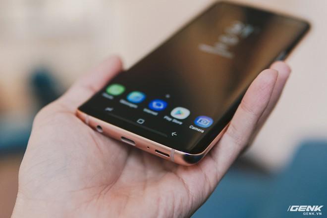 Trên tay Galaxy S9+ Hoàng Kim lấp lánh, RAM 6GB, bộ nhớ 128GB, giá từ 24.490.000 đồng - Ảnh 7.