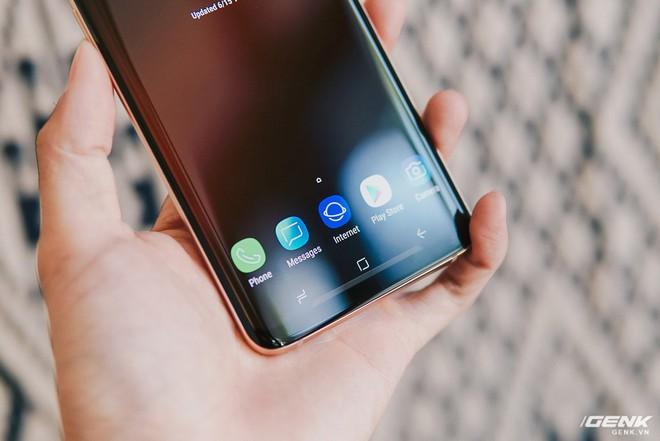 Trên tay Galaxy S9+ Hoàng Kim lấp lánh, RAM 6GB, bộ nhớ 128GB, giá từ 24.490.000 đồng - Ảnh 11.