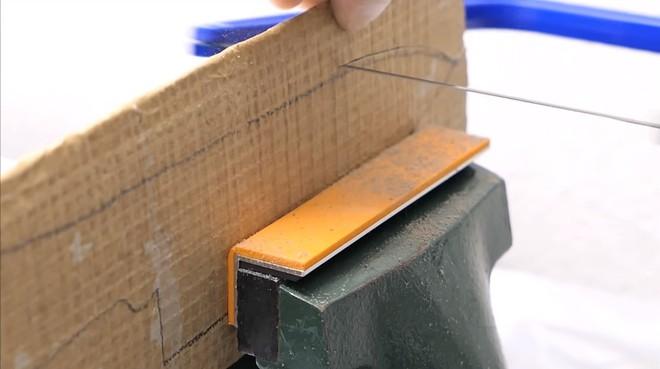 Thùng các-tông ship hàng của Amazon vừa được Youtuber Nhật Bản biến thành dao làm bếp - Ảnh 13.