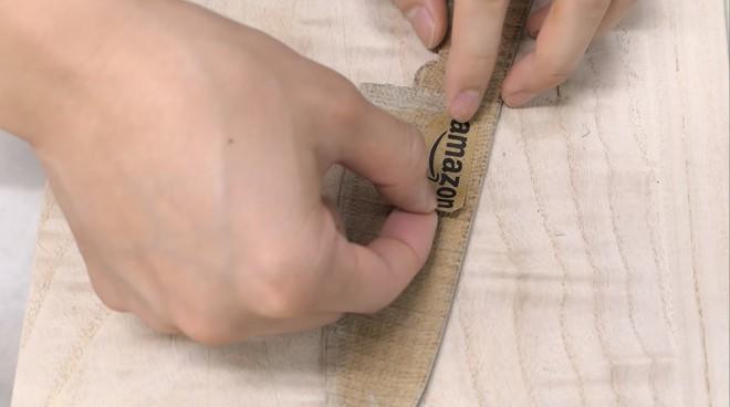 Thùng các-tông ship hàng của Amazon vừa được Youtuber Nhật Bản biến thành dao làm bếp - Ảnh 16.
