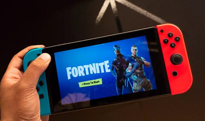 Theo cựu chủ tịch của Sony Online Entertainment, game thủ PlayStation và Xbox không thể chơi game online được với nhau chỉ vì một lý do ngớ ngẩn - Ảnh 3.
