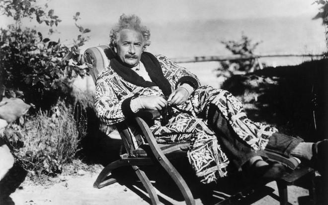 CHÍNH THỨC: Chứng minh được thuyết tương đối của Einstein ở mức độ thiên hà - Ảnh 1.