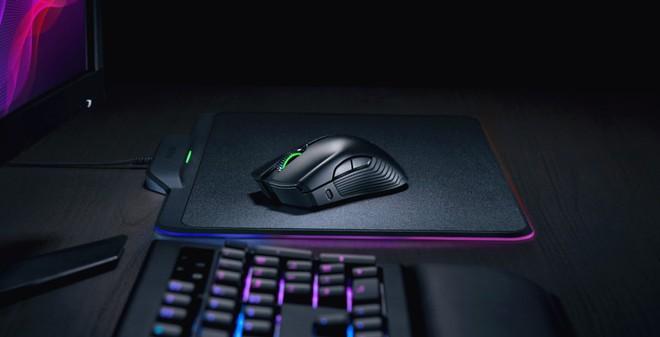 Microsoft hợp tác với Razer để thiết kế bàn phím và chuột dành riêng cho hệ máy chơi game Xbox One - Ảnh 1.