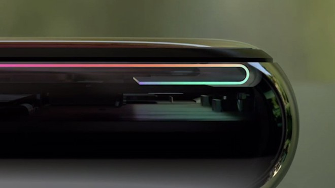 Cái cằm trên Mi 8 và OnePlus 6 cho thấy các hãng Android vẫn đang hùng dũng bước vào bẫy của Apple - Ảnh 4.