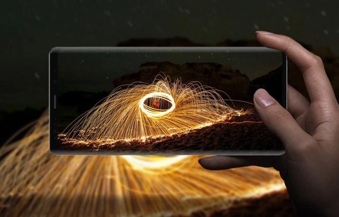 Chưa ra đời nhưng Samsung Galaxy X có thể sẽ gặp thách thức lớn từ Huawei - Ảnh 1.