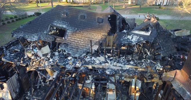 Ngôi nhà bà Fox sau đám cháy.