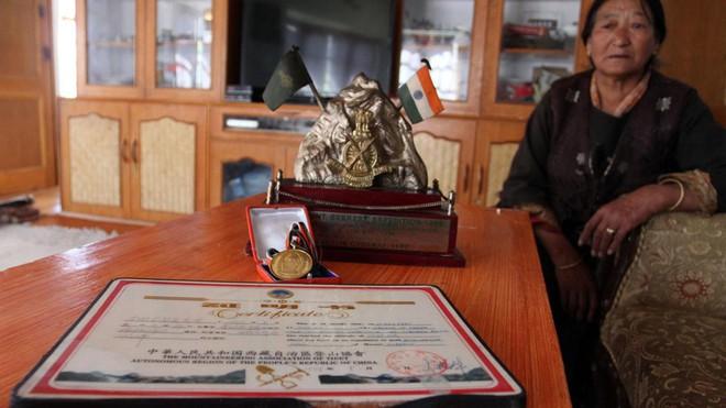 Câu chuyện của Giày Xanh - xác chết nổi tiếng nhất trên đỉnh Everest, cột mốc chỉ đường cho dân leo núi - Ảnh 5.
