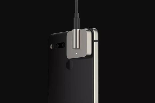 Mô-đun mới đầu tiên của Essential Phone kể từ khi ra mắt là jack cắm tai nghe - Ảnh 1.