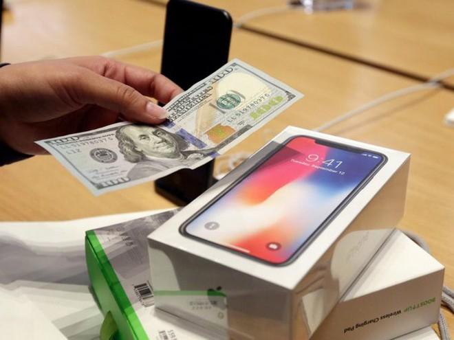 Nghiên cứu: iPhone, iPad là biểu tượng cho sự giàu có và thu nhập cao tại Mỹ - Ảnh 1.