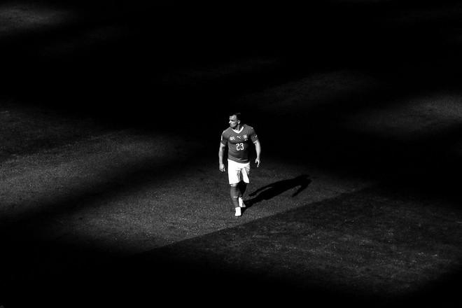Một World Cup 2018 đầy cảm xúc được tái hiện qua bộ ảnh trắng đen do chính FIFA đăng tải - Ảnh 1.