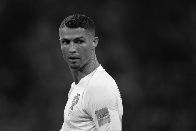 Một World Cup 2018 đầy cảm xúc được tái hiện qua bộ ảnh trắng đen do chính FIFA đăng tải - Ảnh 17.
