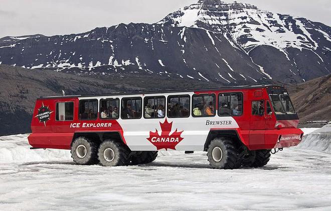 Những hệ thống giao thông công cộng kỳ lạ nhất thế giới: Tàu chạy bằng sức người, thang cuốn dài 800 mét - Ảnh 8.