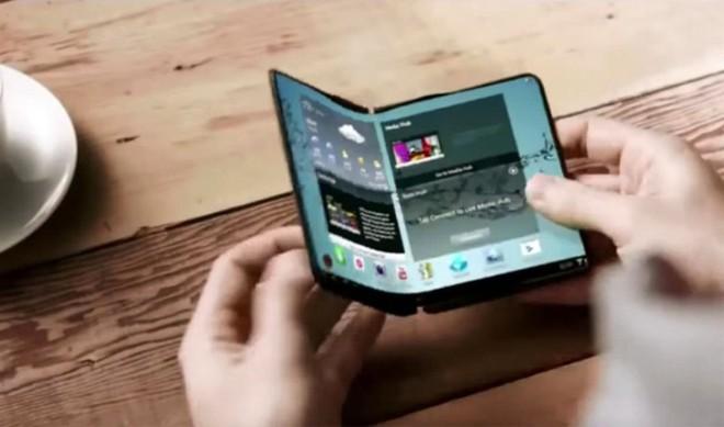 Galaxy X phiên bản thử nghiệm có thiết kế hai màn hình ghép tương tự như ZTE Axon M - Ảnh 4.