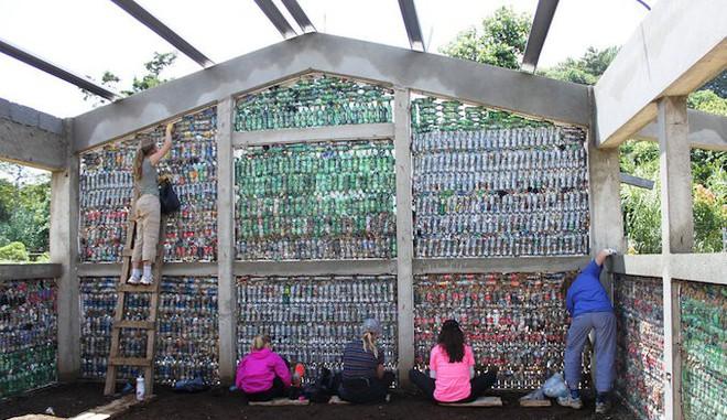 Dự án Ecobrick: tái chế nhựa làm gạch xây nhà, giải pháp hiệu quả bậc nhất thời điểm hiện tại - Ảnh 7.