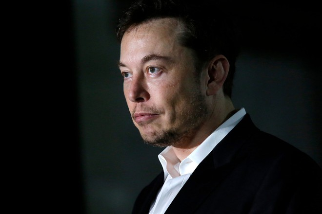 CEO Elon Musk đang gặp rắc rối lớn, thậm chí có thể phải đối mặt với một vụ kiện vì câu nói xúc phạm của mình.
