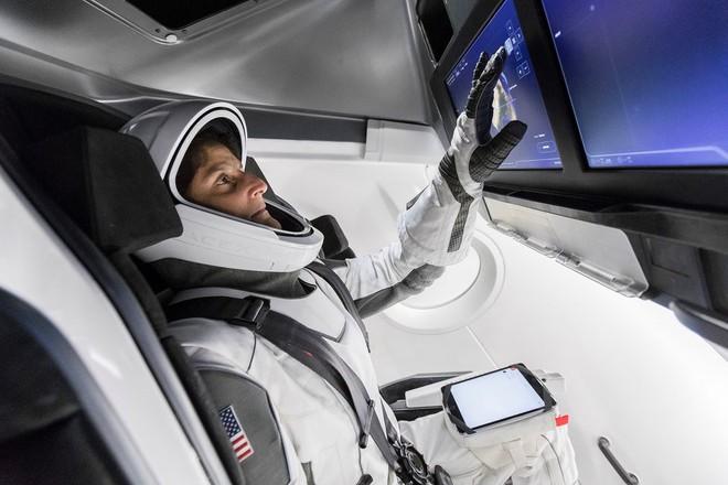 7 lần Elon Musk vào vai người hùng, một tay dẹp loạn những vấn đề nhức nhối của nhân loại - Ảnh 7.