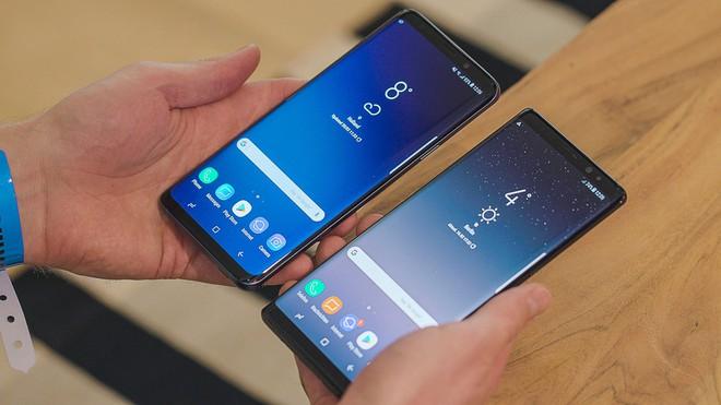 Gà nhà đánh nhau: liệu Galaxy X có giết chết Galaxy Note? - Ảnh 1.